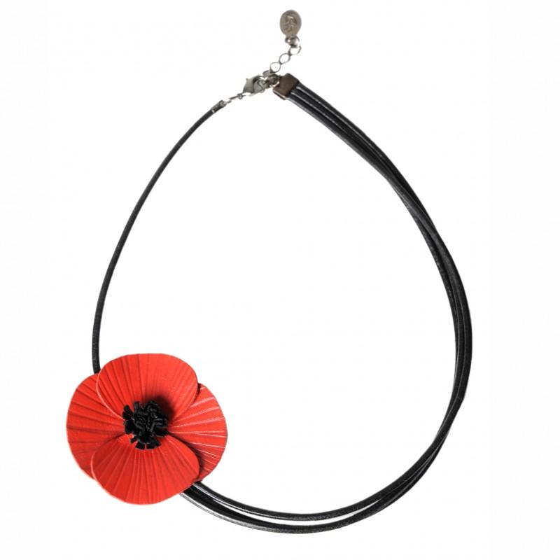 collier coquelicot en cuir rouge asymétrique